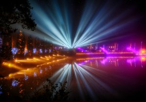 Lightscape Holiday Trail to Illuminate Botanical Garden in Light Show